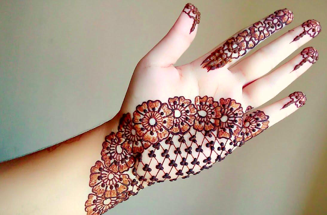 5 simple checked arabic mehndi designs for hands