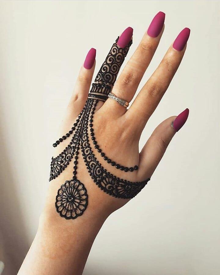 backhand mehndi design jewellery