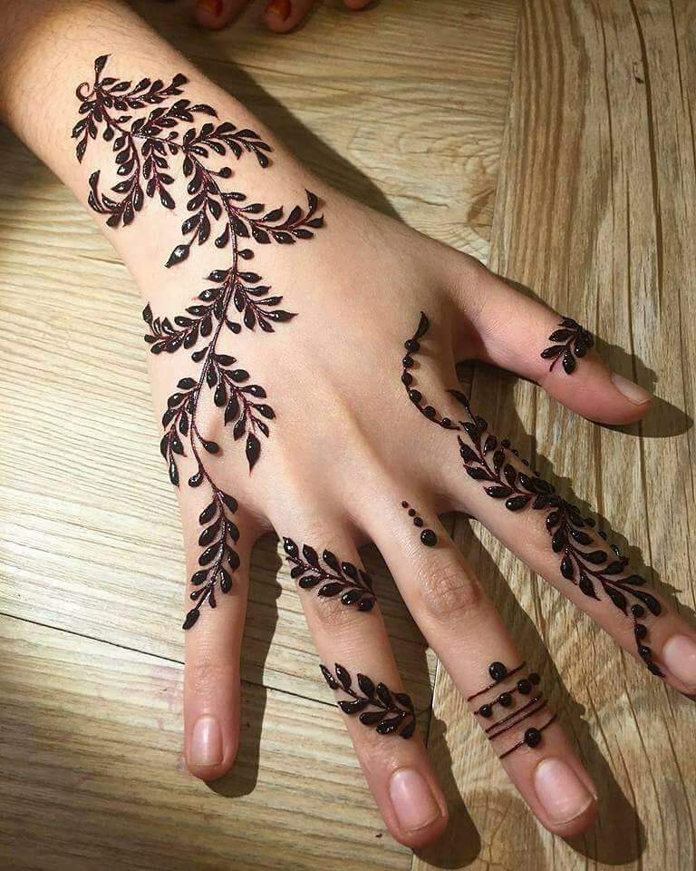 backhand mehndi design leaves