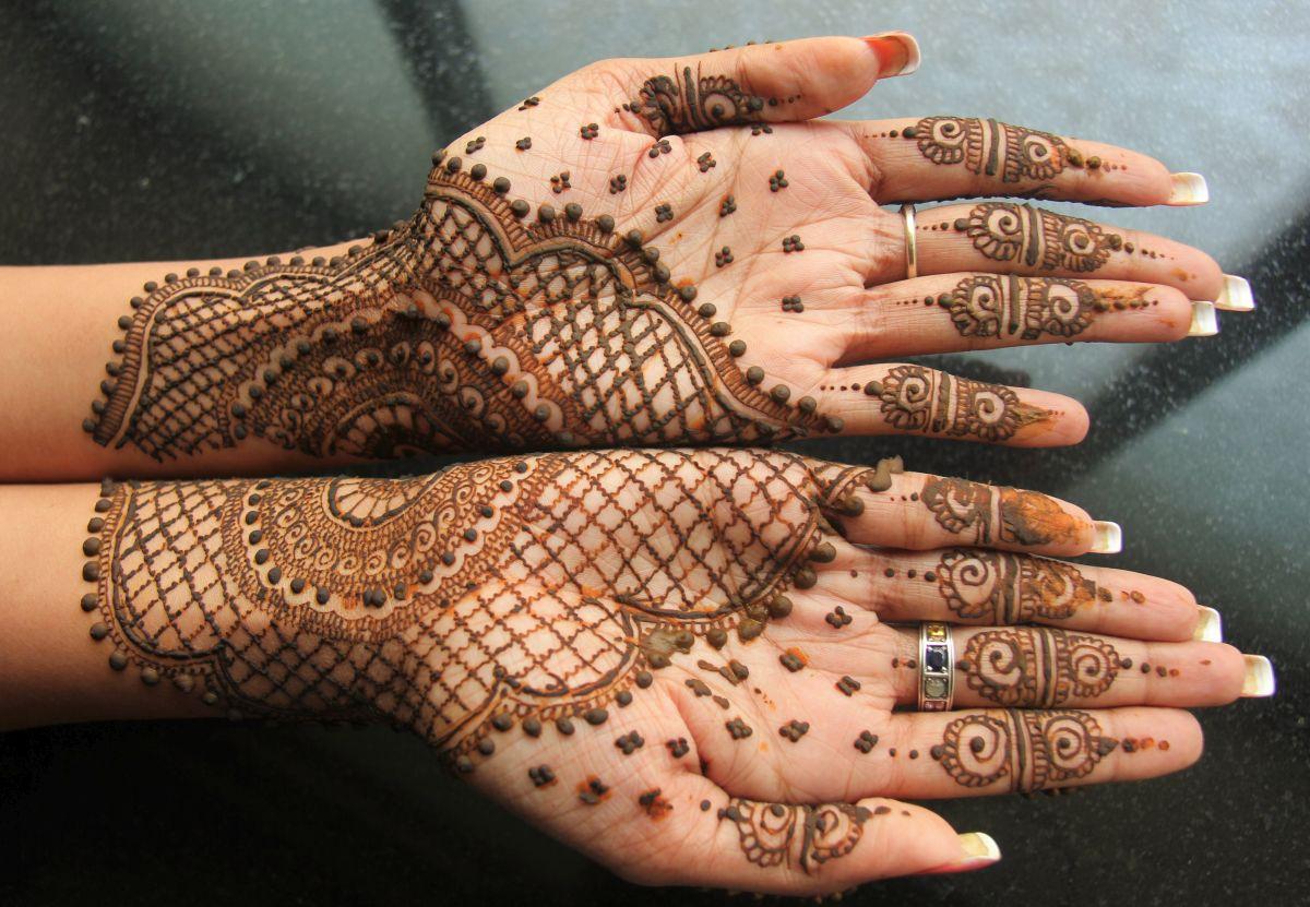 beautiful mehndi design for eid