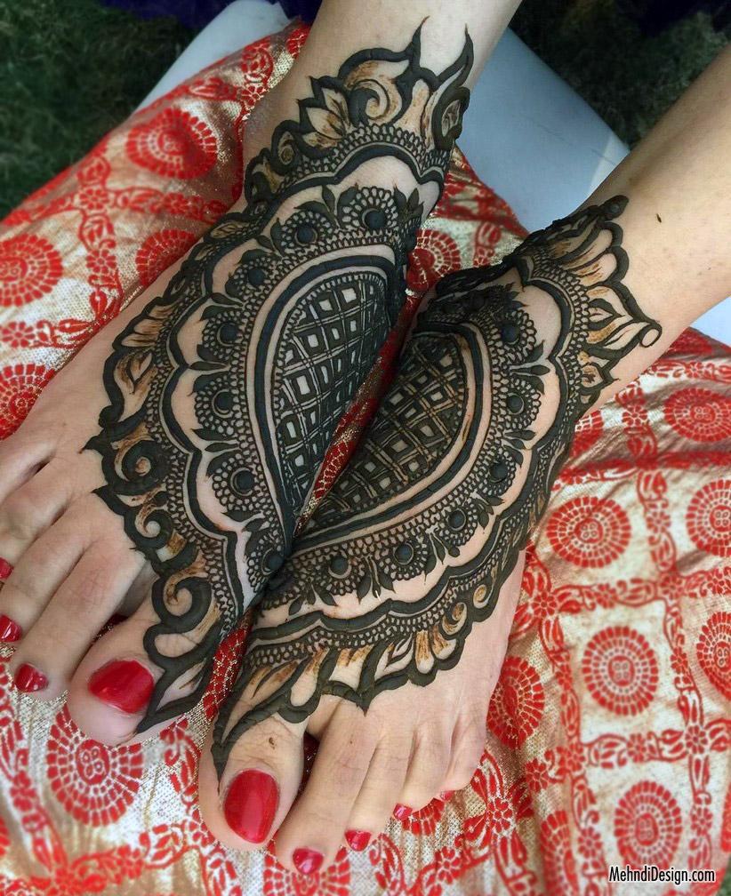 11 leg mehndi design arabic style