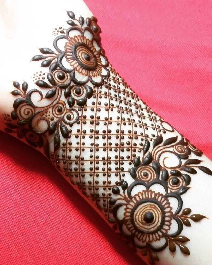 10 bangle mehndi design