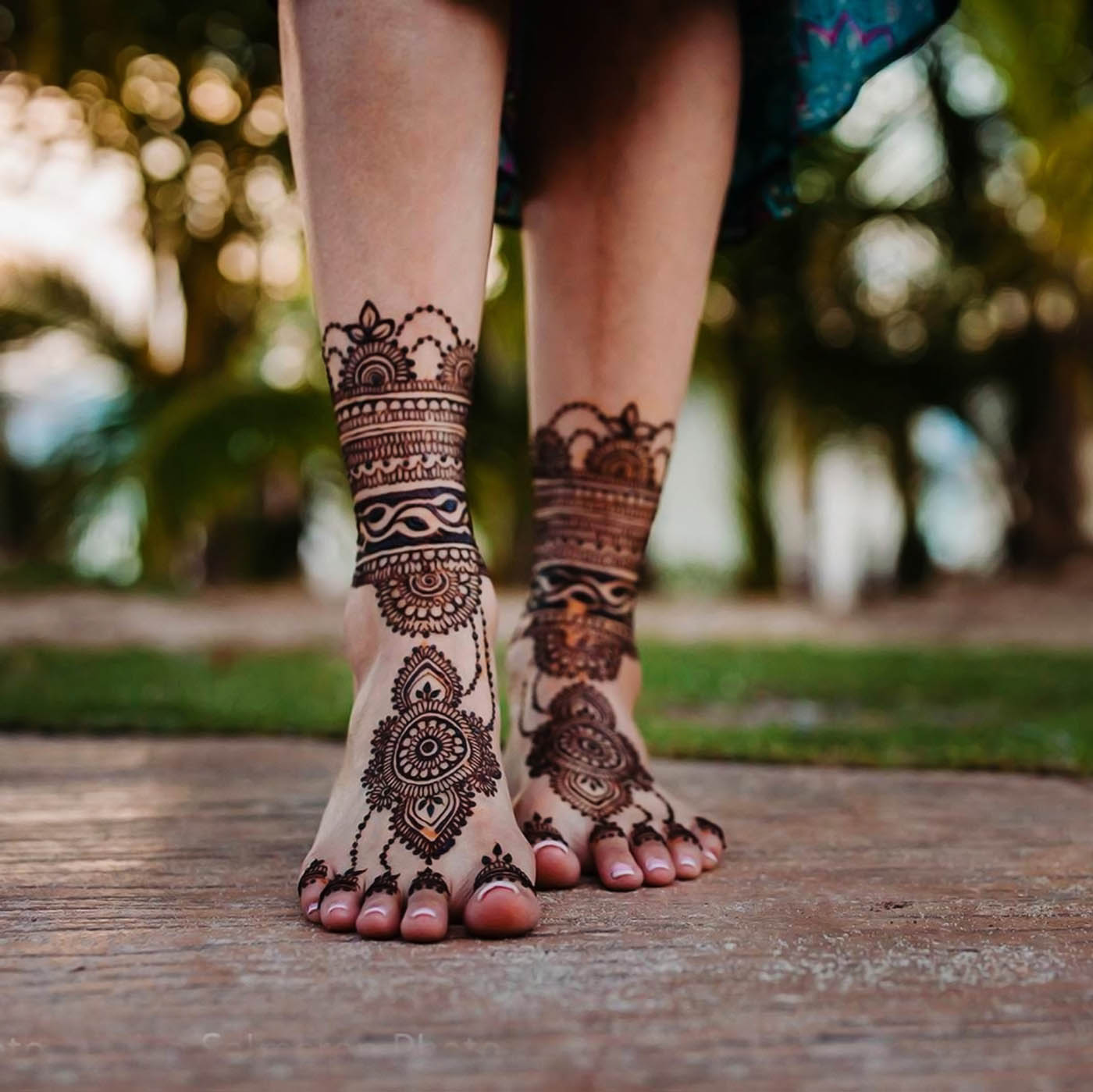 11 bangle mehndi design foot