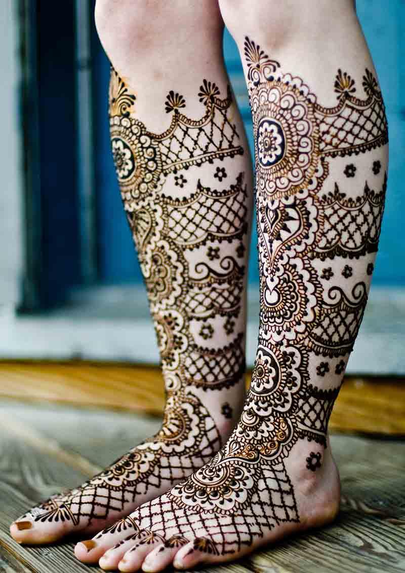 14 bangle mehndi design feet
