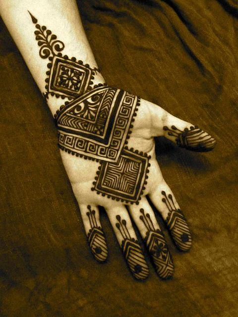3 african mehndi design