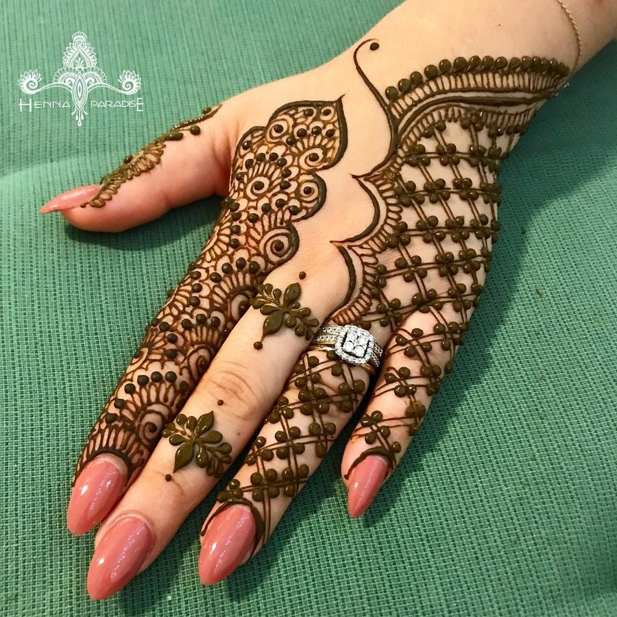 4 mehndi design hands back hand