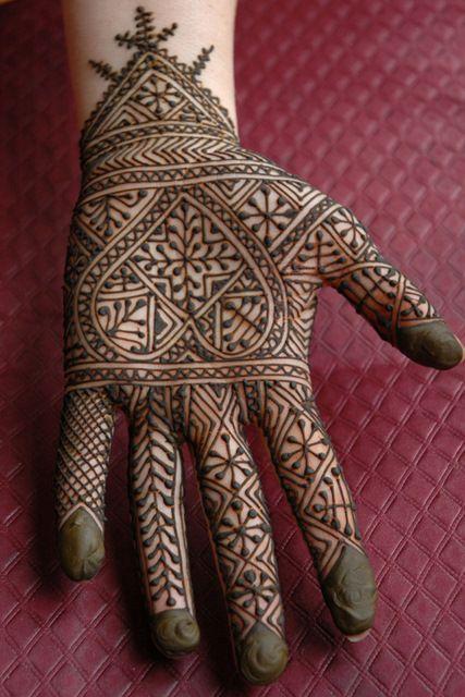 8 african mehndi design